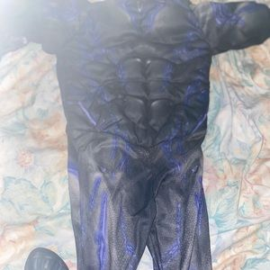 Black Panther Costume Size 6-7 Boys Halloween